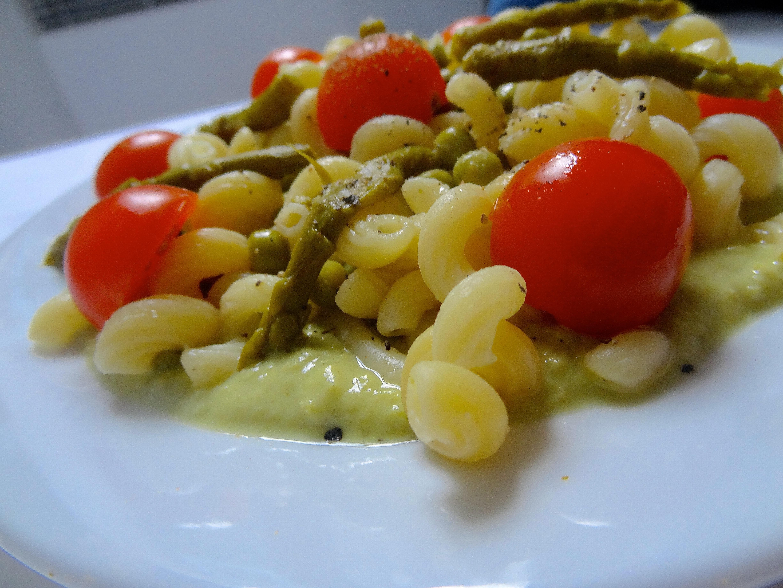 Salade de pâtes aux petits pois
