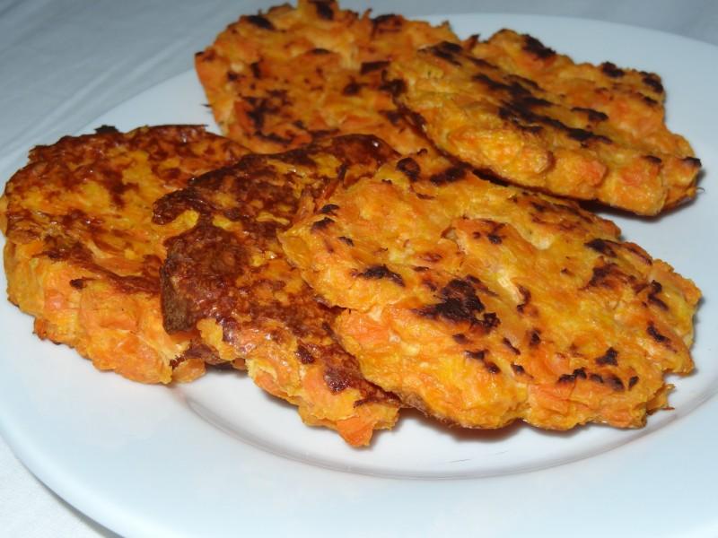 recette de galettes de carotte dine move blog sport cuisine healthy. Black Bedroom Furniture Sets. Home Design Ideas