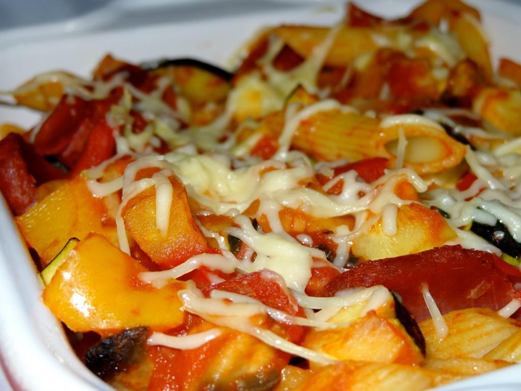 Gratin de pâtes légumes filet mignon fumé