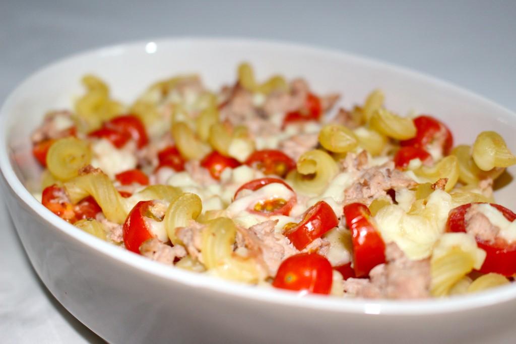 Recette de gratin de p tes au thon la mozzarella dine move - Pate a la mozzarella ...