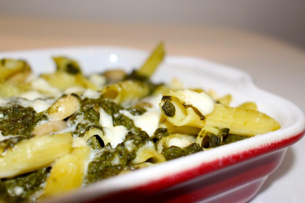 Gratin de pâtes aux épinards, champignons et mozzarella