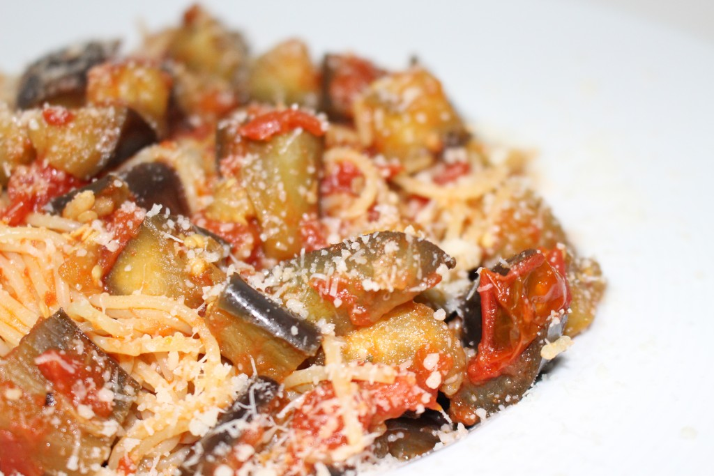 Pasta alla norma (recette sicilienne)