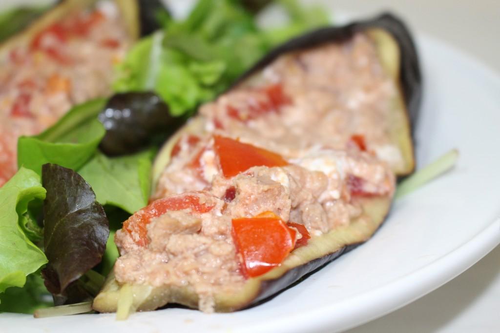 Aubergine farcie thon, tomate et chèvre