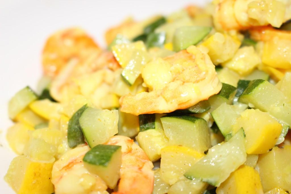 Crevettes, courgettes et curry